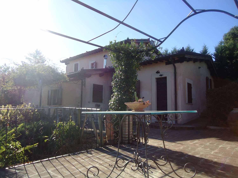 Vendita case ricerca case in vendita montefalco bevagna for Case in vendita orta di atella
